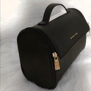 Michael Kors Cosmetic / Travel Bag